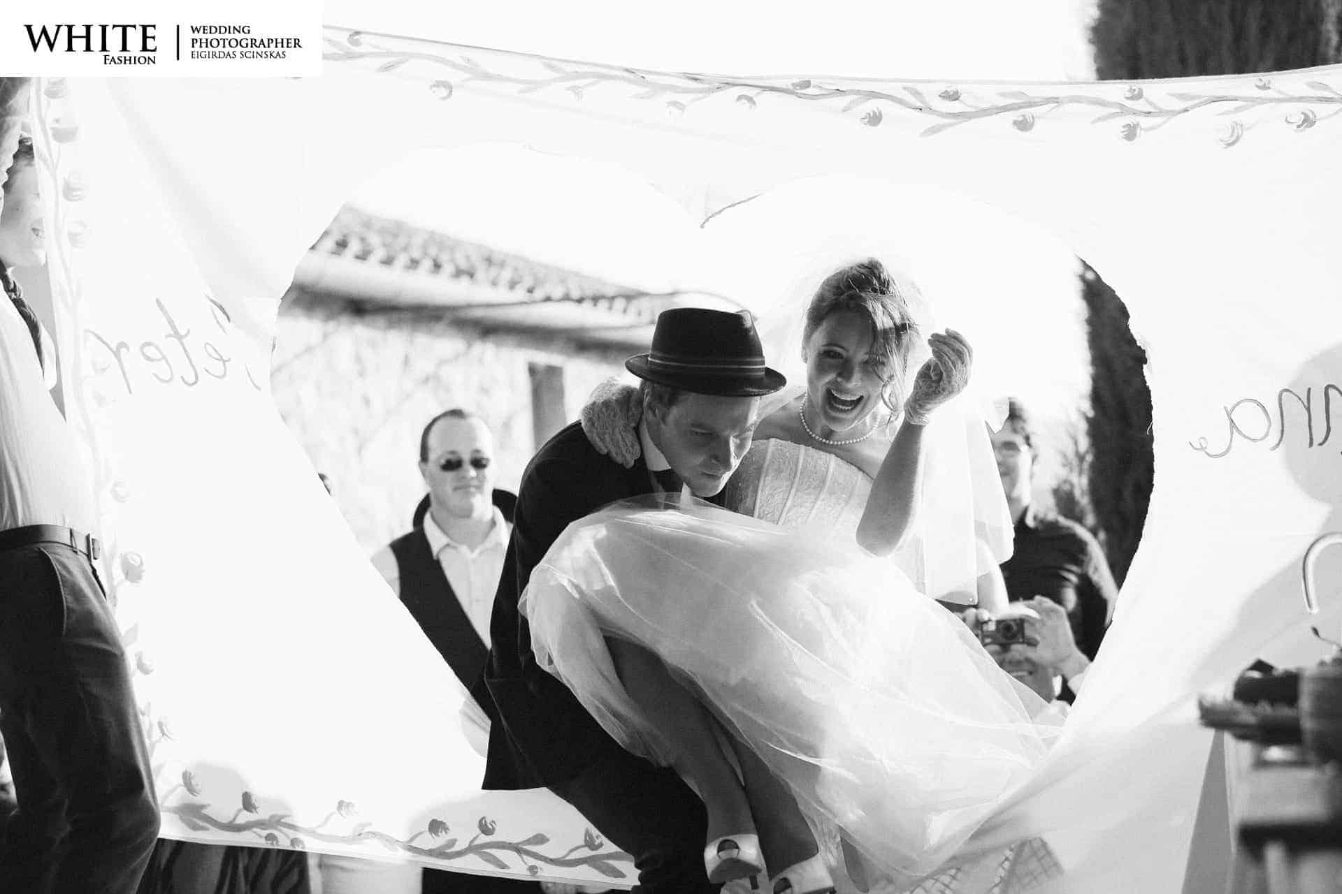 Anna-Peter-Wedding-Volterra-16