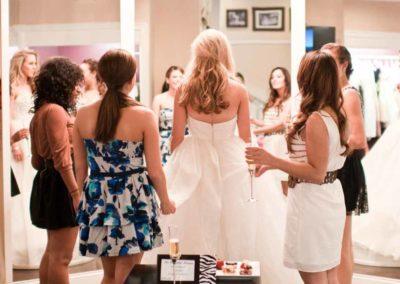 Who Should You Bring Wedding Dress Shopping?