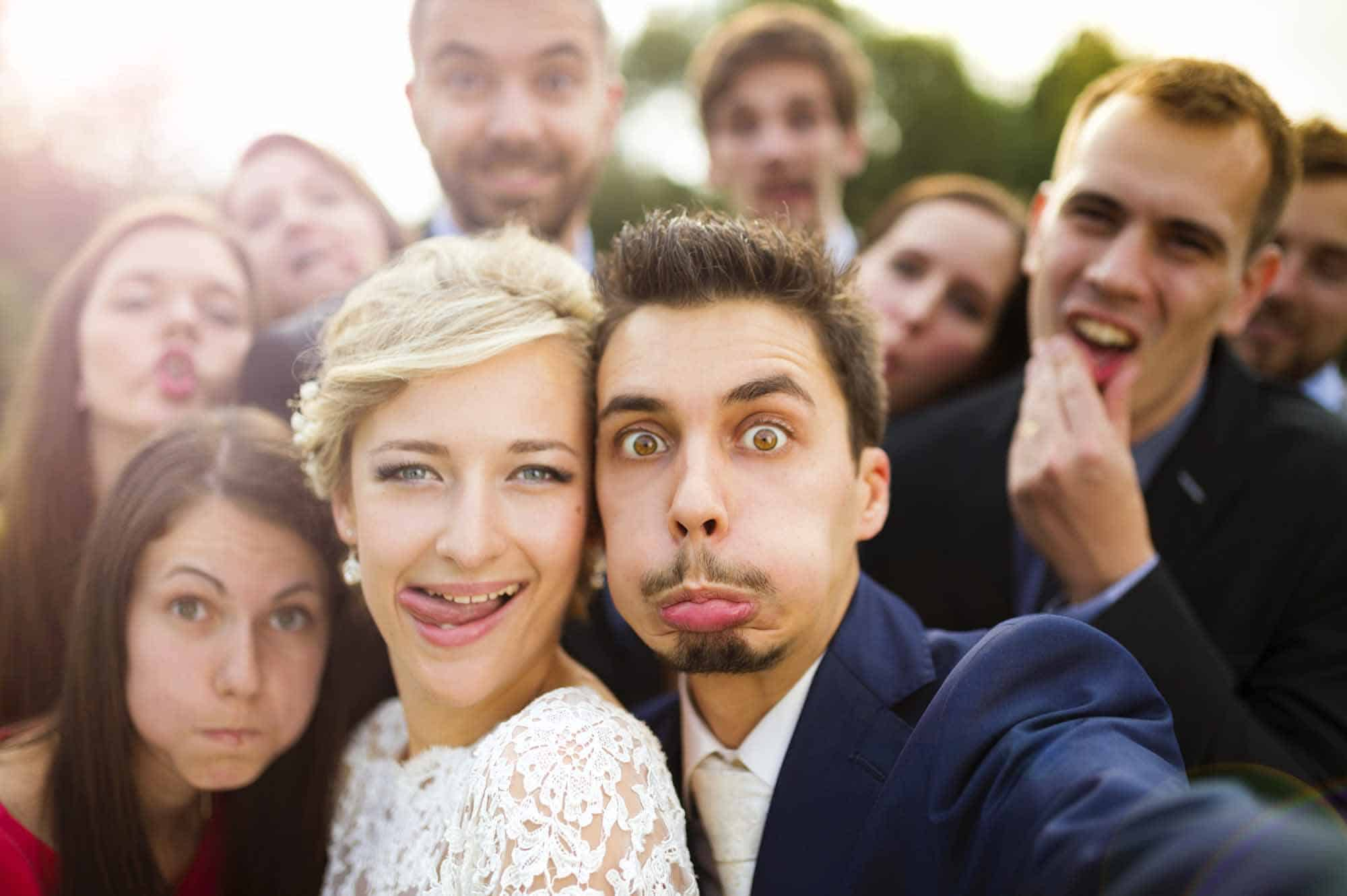 Silly-faces-from-wedding-party