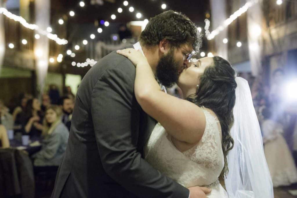 emily-and-joe-kissing