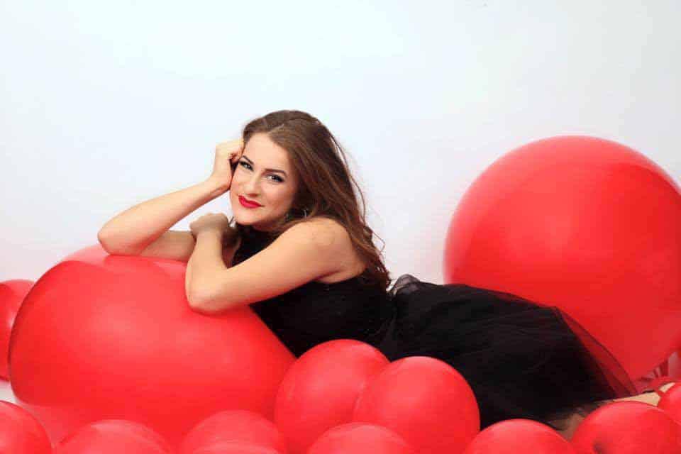 Molly-Munyan-of-Molly-Balloons