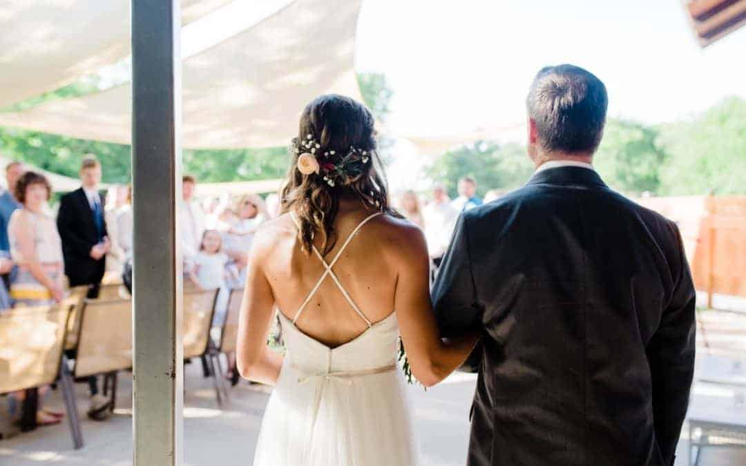 Savvy Weddings: Courtney and Andrew Summers