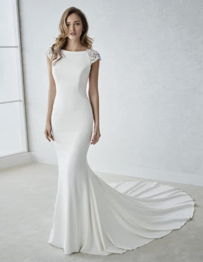 White One By Pronovias #Faina