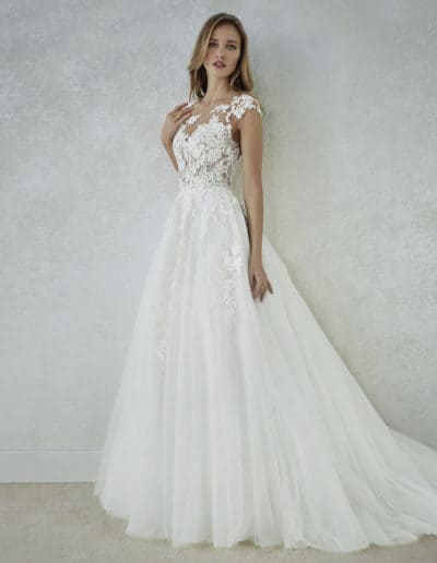 White One By Pronovias  #Felicidad