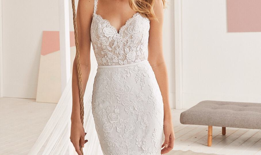 white-one-wedding-gown-collection-at-savvy-bridal-in-kansas-city