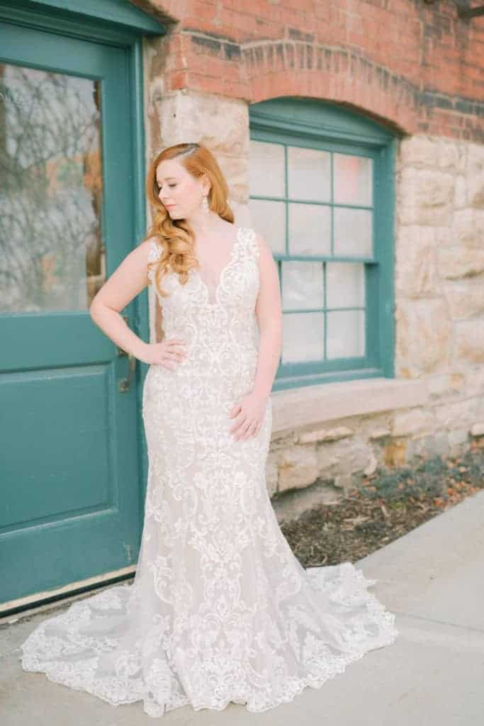 Lace-Patterned-Fitted-Gown