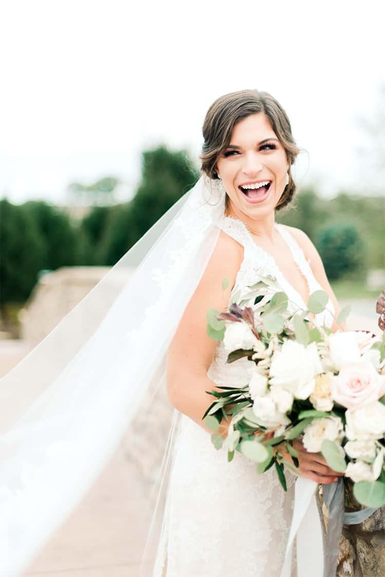 plan-your-wedding-dress-shopping