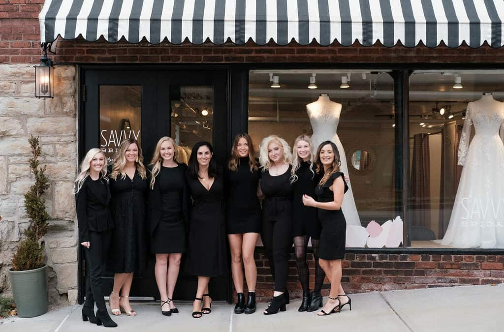10 Plus-Size Wedding Dress Shopping Tips for Curvy Brides